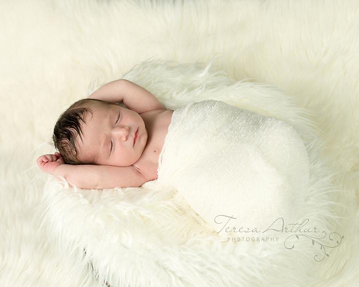 Newborn Portrait by Teresa Arthur