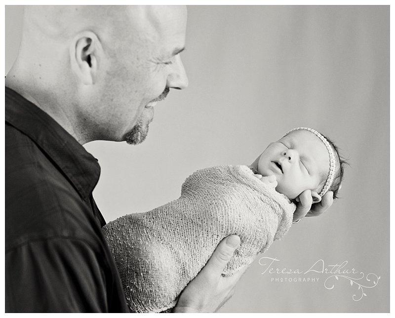 newborn and dad portraits