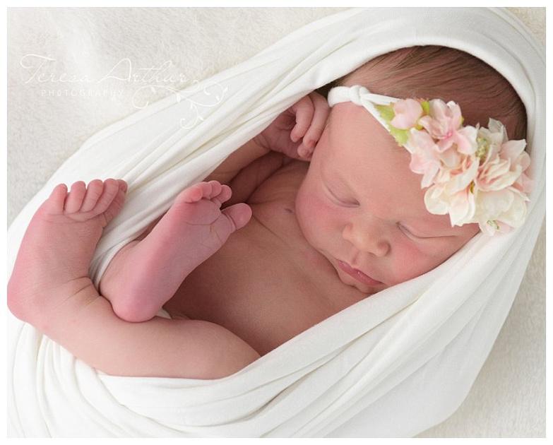 light and airy newborn portraits by teresa arthur photography