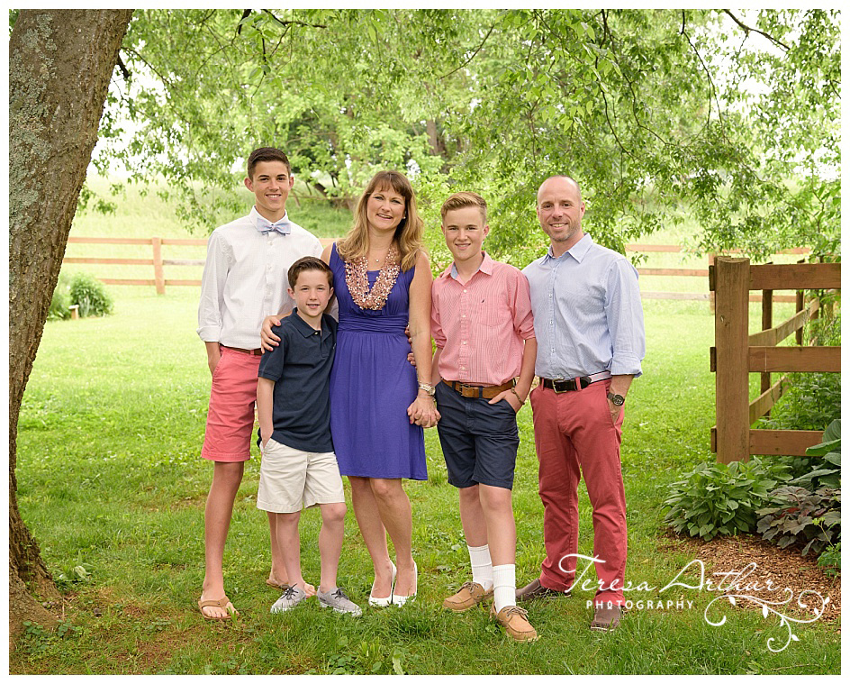 FAMILY PORTRAIT PHOTOGRAPHERS IN NORTHERN VIRGINIA