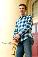 DOWNTOWN WARRENTON LOCATION FOR SENIOR PORTRAITS BY TERESA ARTHUR PHOTOGRAPHY