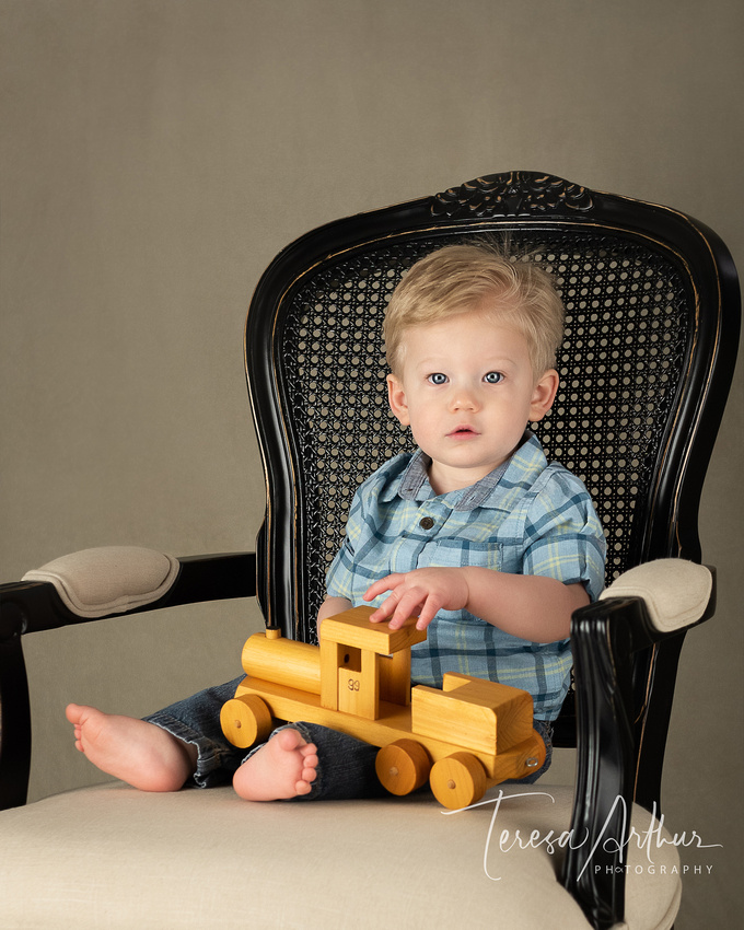 One year child photo by Teresa Arthur Photography