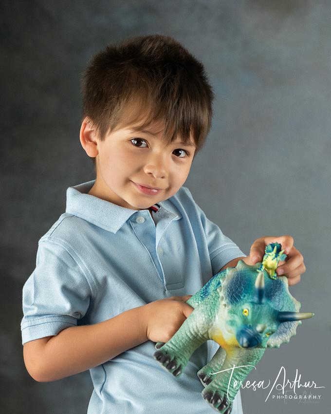 studio kid's portraits by teresa arthur photography