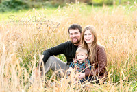 outdoor fall family portrait session in northern virginia