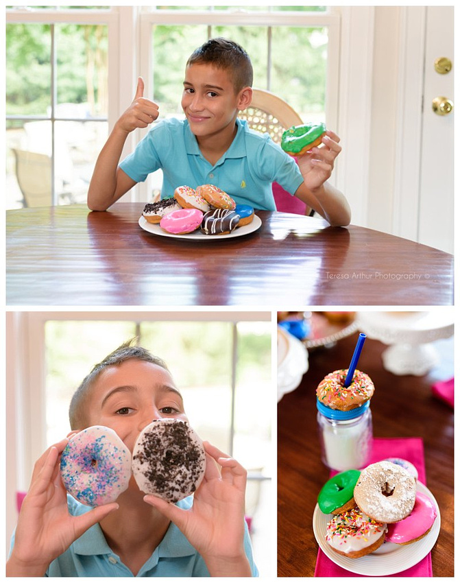 family with donuts photo session