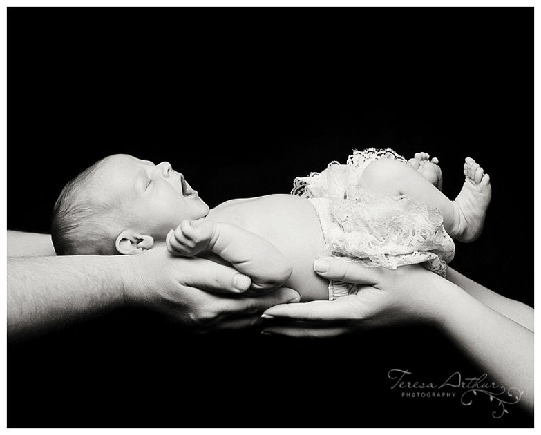 black and white newborn portraits by teresa arthur photography in nova