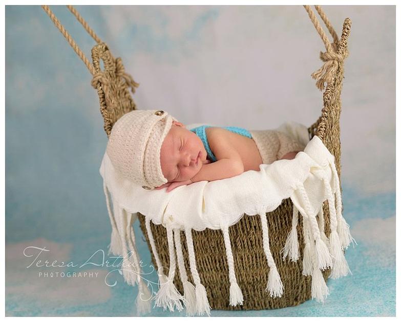 boutique newborn portraits hot air balloon teresa arthur photography