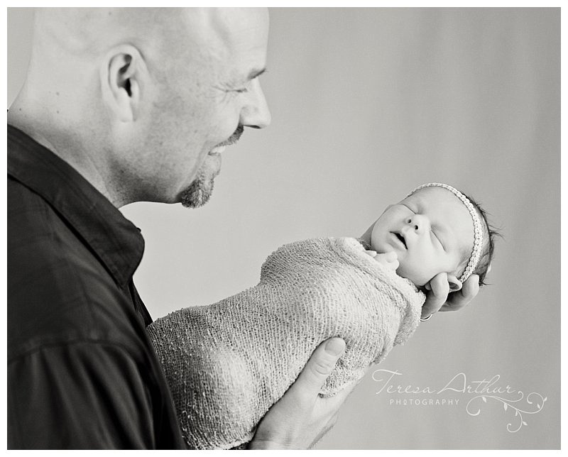 newborn and dad portraits