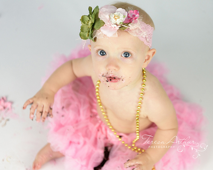 cake smash one year old girl pictures