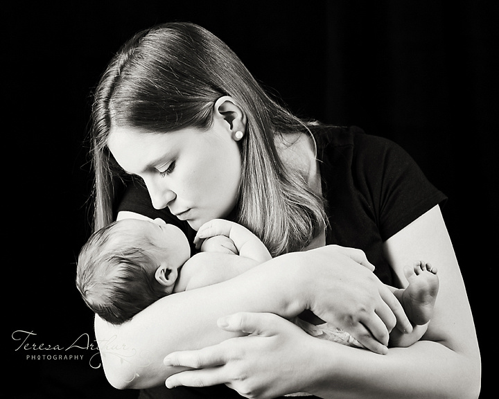 NOVA NEWBORN PHOTOGRAPHER
